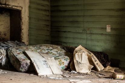 abandoned-5507